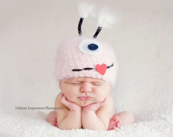 Baby Hat, Monster Hat, Pink Monster Hat, Newborn Baby Hat, Newborn Photo Prop, Photography Prop