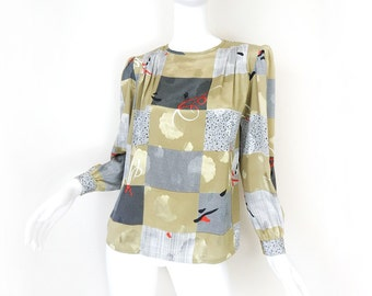 Vintage 80s Celadon Green Abstract Print Women's Blouse - Size 8 Petite - Avant Garde Long Sleeve Top