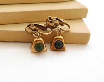 Vintage Gold Jingle Bell Jade Green Cabochon Clip On Dangle Earrings YY24