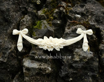 Shabby Chic Furniture Mouldings 'Rose Swag and Drop' from www.shabby.ie