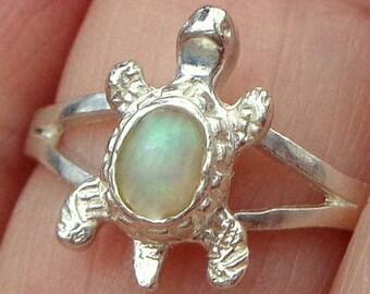 SALE, Sz 7.5, Welo Opal, Sterling Silver Turtle Ring, Ethiopian, Pastel Color Play, Lavender, Green, Pink, Yellow, Orange, OOAK