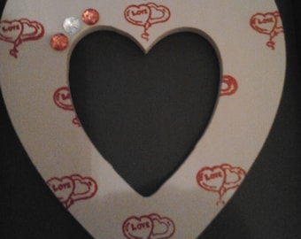 20cm 'LOVE' hanging heart mocha/red perfect for Valentines Day, Wedding or Anniversary etc