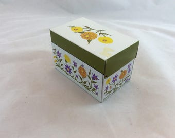 Vintage Metal Recipe Box Flowered, Vintage Green White Flowered Recipe Box,