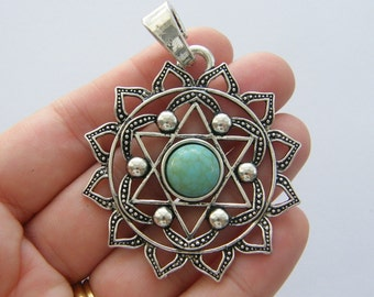 1 Chakra flower pendant antique silver tone I92