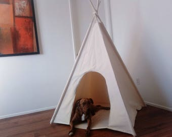 Large dog teepee with door entrance,pet friendly designed ,dog teepee, cat teepee