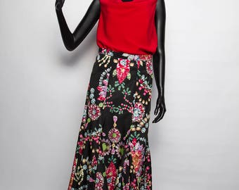 UNIQUE model / long skirt for summer/printed flowers multicolored/black/Bohemian chic/handmade and original woman / 38