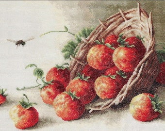 Basket of strawberries SB497 - Cross Stitch Kit by Luca-s