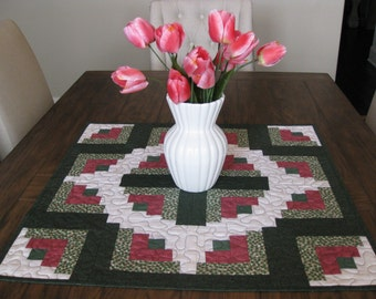 CLOSE OUT SALE Curvey Log Cabin Quilted Table Topper
