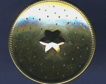 Antique Button Stars Brass, Medium