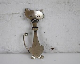 Orb Sterling Silver Cat Brooch Minimal