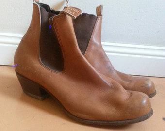 R M Williams Tanned Cuban Heel Ankle Boots