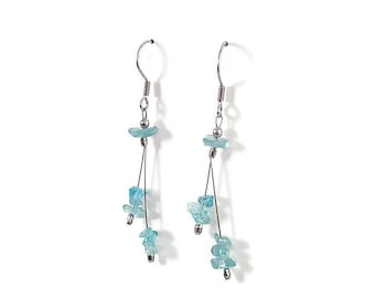 Blue stone jewelry, blue apatite earrings, minimalist earrings, dainty jewelry, natural stone earrings, apatite jewelry, blue gemstone styn