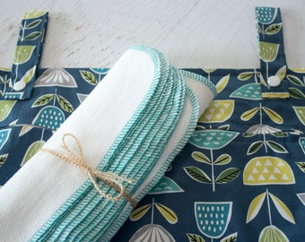 Sustainable kitchen starter set in blue green flowers -  organic cotton hanging wetbag and paperless / unpaper towels