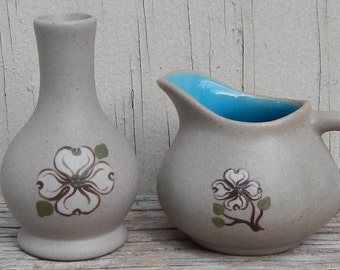 Miniature Pigeon Forge Dogwood Flower Pottery!