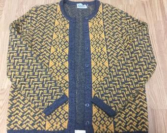 Vintage Cardigan / 1960's Cardigan / Unique Cardigan / Size M