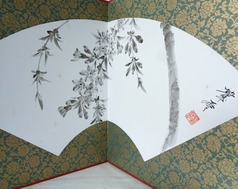 1727:Byobu Screen,Japanese Decorative two Panels Byobu Screen/Display with fan shape design and Sumi-e ink painting,signed,handmade in Japan
