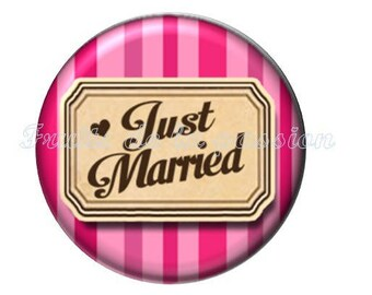 1 cabochon clear 30mm text, just married, bride, pink