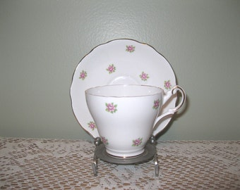 Vintage Régence anglaise Dainty Bone China rose et blanc Floral tasse et soucoupe Set