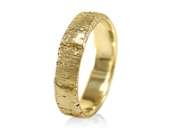 Aspen Tree Bark Wedding Band, Tree Bark Ring, Mens Yellow Gold Wedding Band , in 10k , 14k Gold, 18k Gold, or Palladium, 5mm Wedding Band