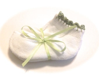 Infant Girl Socks With Frosty Green Crocheted Shell Stitch-Size 0-6 Months