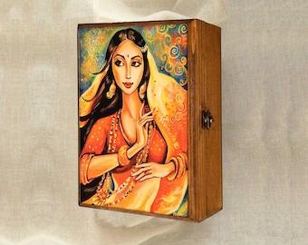 Bollywood dance, Indian woman, Indian decor, Indian woman art art box, wooden gift box, treasure box, jewelry box, 7x10