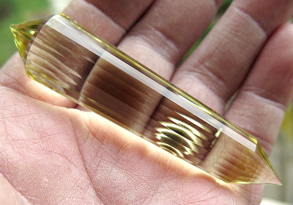3 3/8 inch long Natural Super Clean Citrine 24 side Vogel wand. Super sharp points, no damage