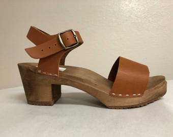 Wide strap sandal in Honey oiled with Buckled ankle strap