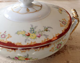 Vintage Covered Vegetable Bowl/ Tureen, Garden China, Made in Japan, Wedding Centerpiece, Dining Table/Buffet Serving Piece