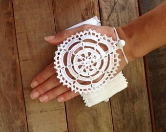 Gift ideas, Christmas gift ideas, handmade clutch, hand crochet cotton iphone sleeve, handmade bag, floral phone case, gift for her