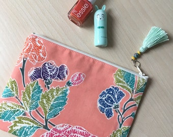 Clutch/handbag/Pouch/Make-Up Kit made from Batik with Flowers pattern