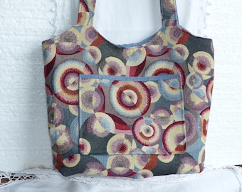Chic handbag with rounded top Jacquard fabric