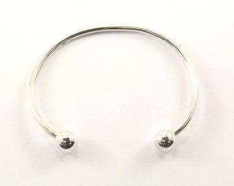 Vintage Rounded Ends Bangle Bracelet Sterling Silver BR 1695