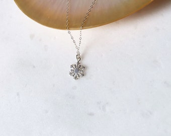 Sale, Snow Flake Necklace, Sterling Silver, Snow Flake, Pendant, Christmas, Holiday, Gift, Simple, Necklace  LIJ15029