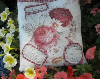 Patches And Norfork Roses Handbag Purse