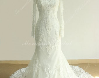 Very Elegant Fit and Flare Vintage Tulle Lace Wedding Dress with Long sleeves and Chathedral Train