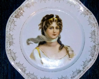 Vintage ZS & Co. Zeh Scherzer portrait plate Queen Louise Bavaria Mignon Gold Leaf