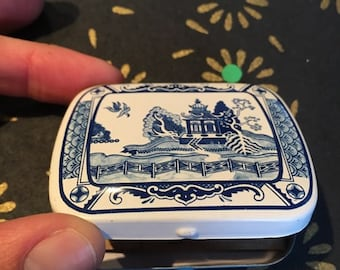 Small Vintage Pill Tin