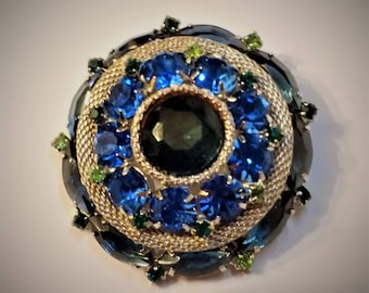 Vintage Domed Rhinestone and Mesh Brooch – Stunning!