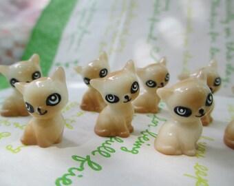 New Item Resin miniature Cat for Glass Cover Vial Filler 2pcs 20mm x 14mm