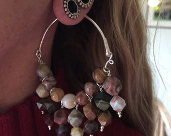 Tunnel hoops in agate and sterling