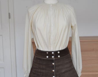 1970s 1960s leather suede miniskirt with scalloped hem