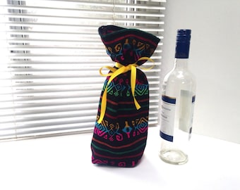 Mexican Wedding Gift Bag, Black  Table Decor, Wine Bottle Fabric Sleeve, Reusable Gift wrapping, Fiesta  Decoration, Party Favor