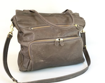 leather willow bag in antique grey