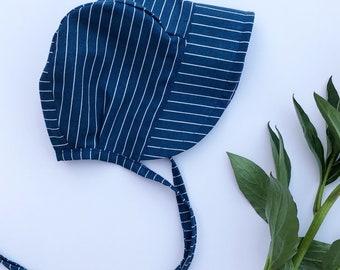 Cotton baby bonnet// baby bonnet // baby sun bonnet // modern baby bonnet // baby hat // sunbonnet