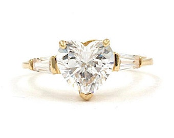 14K Yellow Gold Heart Cz Ring, Size 9 (1486)