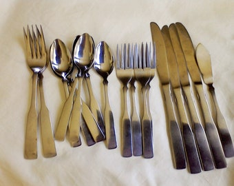 Stainless steel flatware set Rogers 19 pc. set replacements kitchen silverware