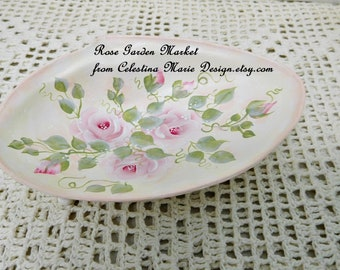 Beachy Metal Shell Dish, Hand Painted with Cottage Roses, Vanity Holder, Storage Dish, Beach Cottage Design, Original, ECS