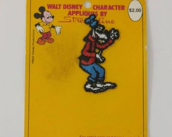 Walt Disney Goofy Applique by Streamline, Disneyana, Disney Sewing Patch, Goofy the Dog Applique, Disneyland Ephemera