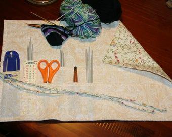 Knitting needle case. Crochet hook organisor. Needle storage, hook storage, roll up. Floral. Flowers. Fabric.