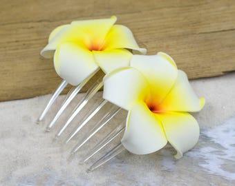 Plumeria Flower Hair Comb,  Choose The Color, Hair Combs,   Flowers, Beach Wedding